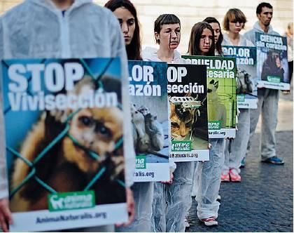 Contro la vivisezione