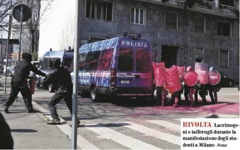 manifestazione studenti milano - precari