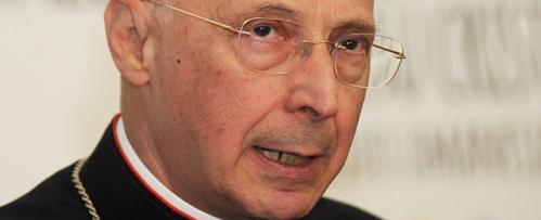de i lavori il Mons. Angelo Bagnasco, presidente CEI