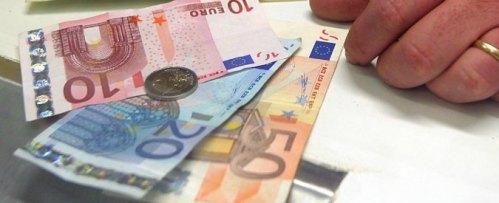 """Bonus 80 euro, """"rischio cartelle esattoriali per chi non riesce a restituire. Impossibile farlo a rate? E' ingiustizia fiscale"""""""